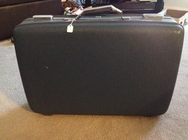 American Tourister Hard Shell Suitcase With Key - $30.00