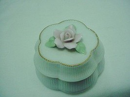 "Heritage House Celebration Of Love Porcelain Music Box - Plays ""Always"" - $39.99"