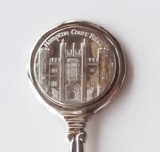 Collector Souvenir Spoon Great Britain UK England London Hampton Court Palace - $14.99