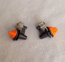 REPLACEMENT Playmobil #4233 Animal Trainer LOT (2) Fire Lanterns w/ Clip... - $9.75