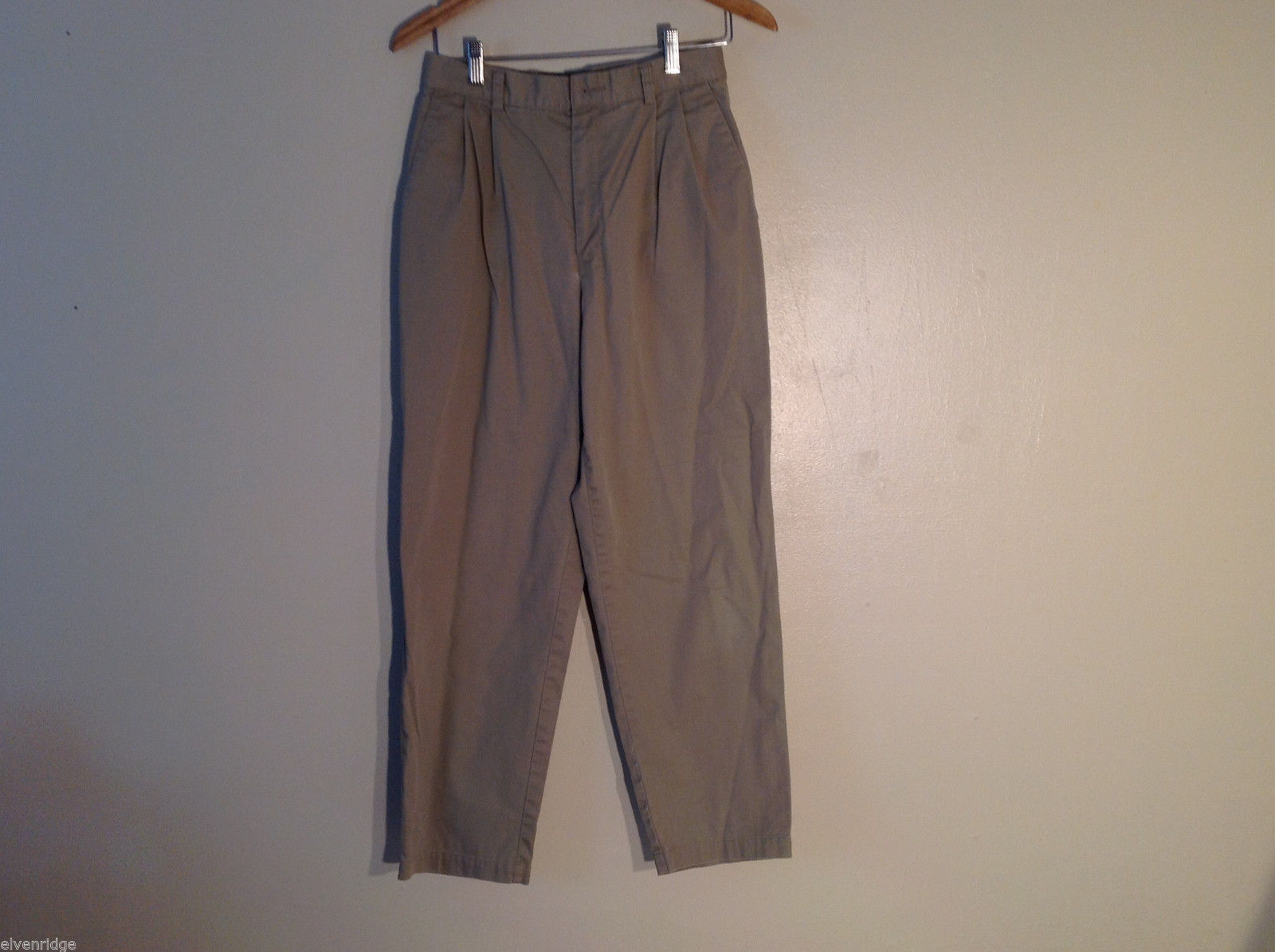 Dockers Women's Size 8 Short Petite Khakis Chinos Tan Pants Straight Leg Pleated
