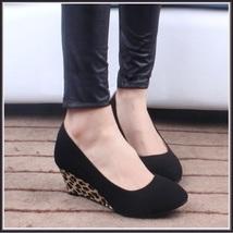 Black PU Leather Pointed Toe Leopard Print Thin Wedge Platform Heel Slingbacks image 4