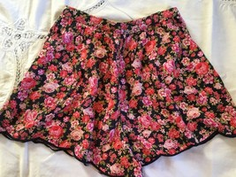 NWT Abercrombie & Fitch Floral Shorts S Boho Chic Navy Pinks Festival Flowy - $37.65