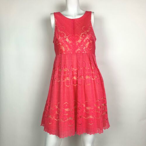 Free People Dress Pink Lace Fit Flare Sleeveless Pink open back  Sz 6