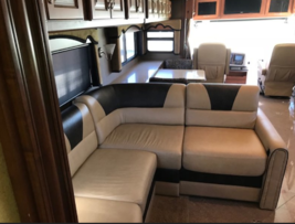 2013 Fleet wood Discovery 40X for sale by Owner - Curtice, OH 47906 image 6
