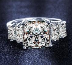 Exclusive! The Gold-color Rectangle Cut Luxurious CZ Zircon Ring For Women - $16.19
