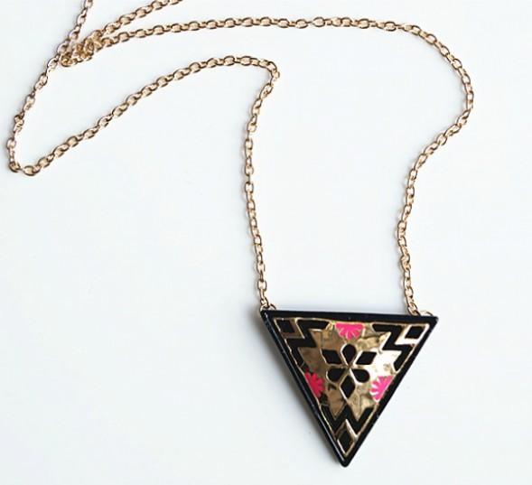 Punk Cut Out Antique Pattern Triangle Pendant Necklace - £5.37 GBP