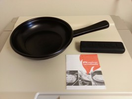 "Longaberger Flameware Skillet 8"" Ebony Black Cookware W Silicone Gripper - $49.45"