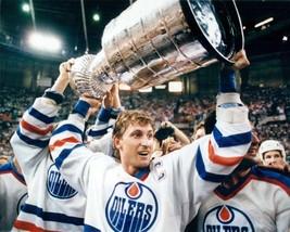 Wayne Gretzky Edmonton Oilers Stanley Cup 22X28 Color Hockey Memorabilia Photo - $39.95