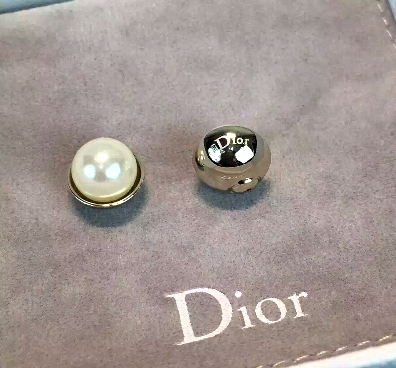 Auth Christian DIOR Classic Mise En Dior TRIBAL Multi Pearl Drop Dangle Earrings