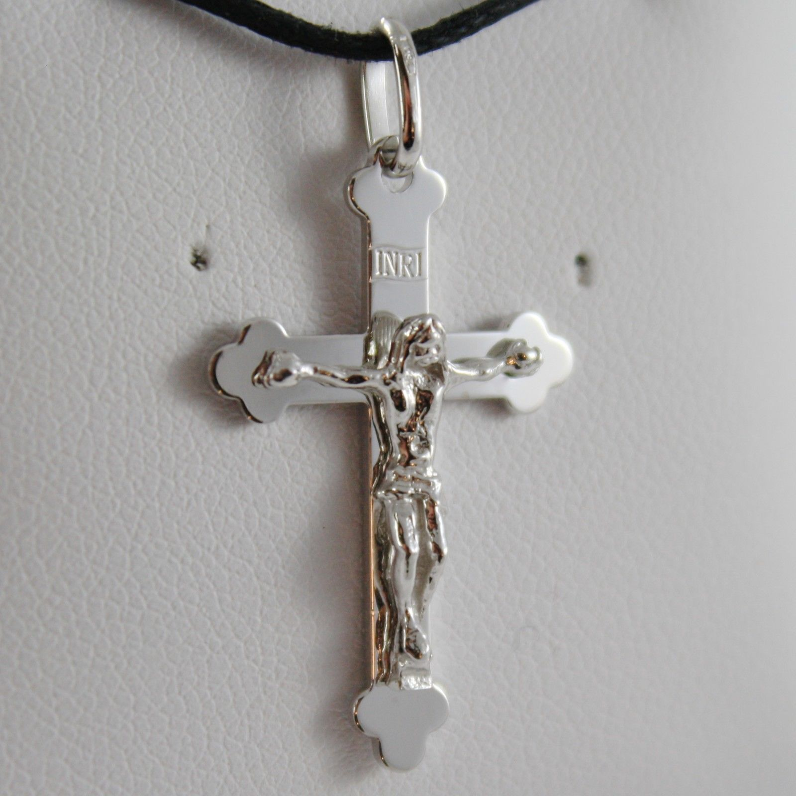 18K WHITE GOLD CROSS WITH JESUS, SMOOTH, FINELY WORKED ENGRAVABLE MADE IN ITALY