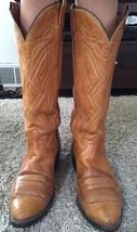 Mens Tony Lama Tan Leather Cowboy Boots, Size 10D - $67.00