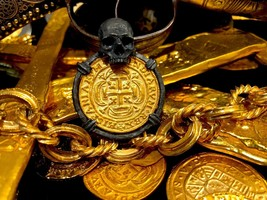 "Mexico ""Skull Pendant"" 1715 Escudos Gold Plated Doubloon Treasure Cob Coin - $995.00"