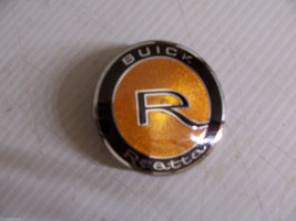 1989 1990 Buick Reatta Hood Emblem Ornament Medallion Oem Original Used Gm Part - $100.14