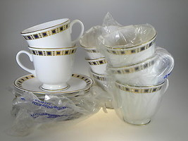Royal Worcester Blenheim 8 Tea Cups & Saucers - $82.12