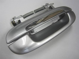 OEM Cadillac CTS DTS Passenger Side Front Door Handle Exterior Outside Silver - $19.99