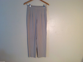 Briggs Women's Petite Size 6 Dress Pants Pleated Front Slacks Light Brown Beige