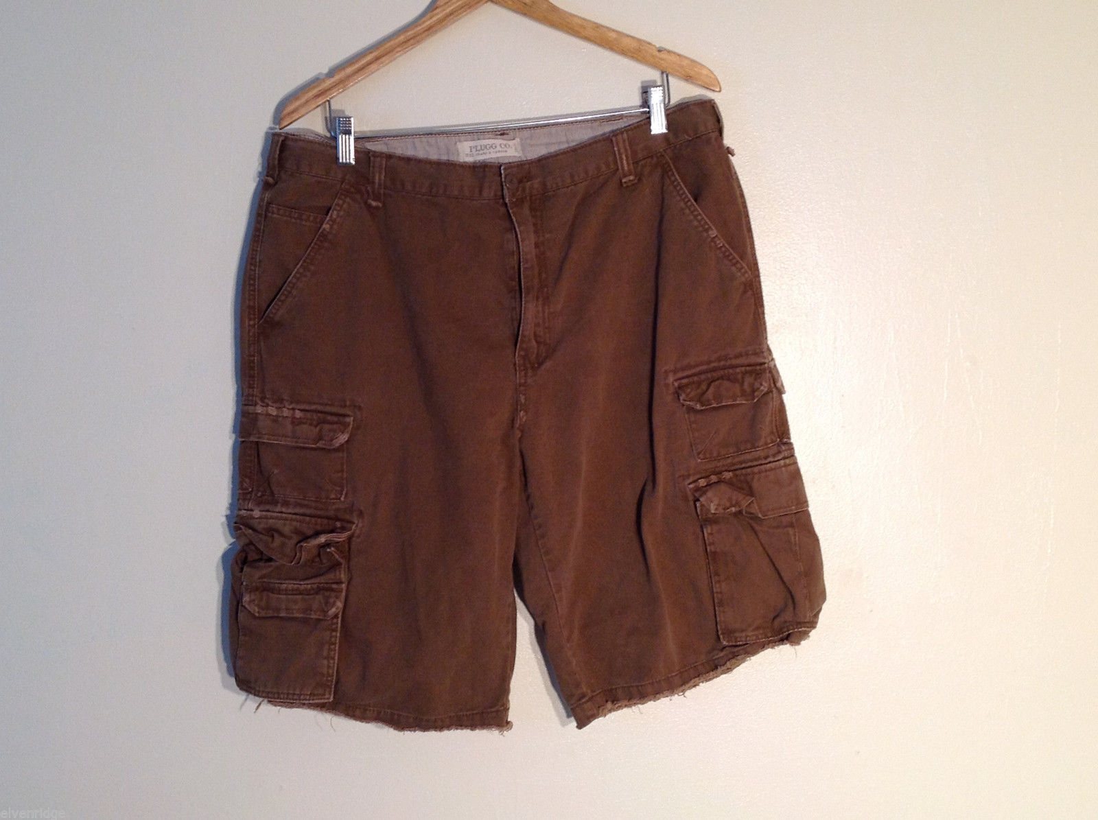 Plugg Co. Men's Size 38 L 100% Cotton Shorts Medium Brown w/ Side Cargo Pockets