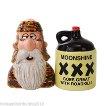 Moonshine Duck Dynasty Ceramic Magnetic Salt and Pepper Shaker Set  Duck... - $12.86