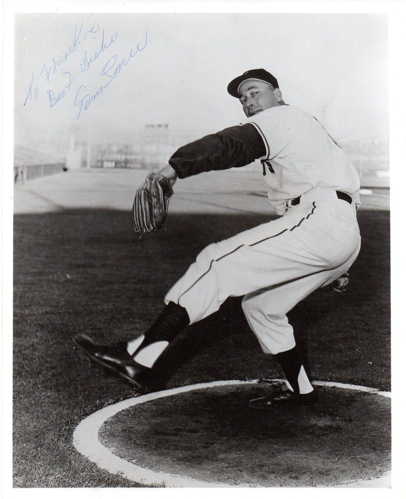 SAM JONES (Toothpick) Signed 8x10 photograph, nicely signed in SF Giants uniform