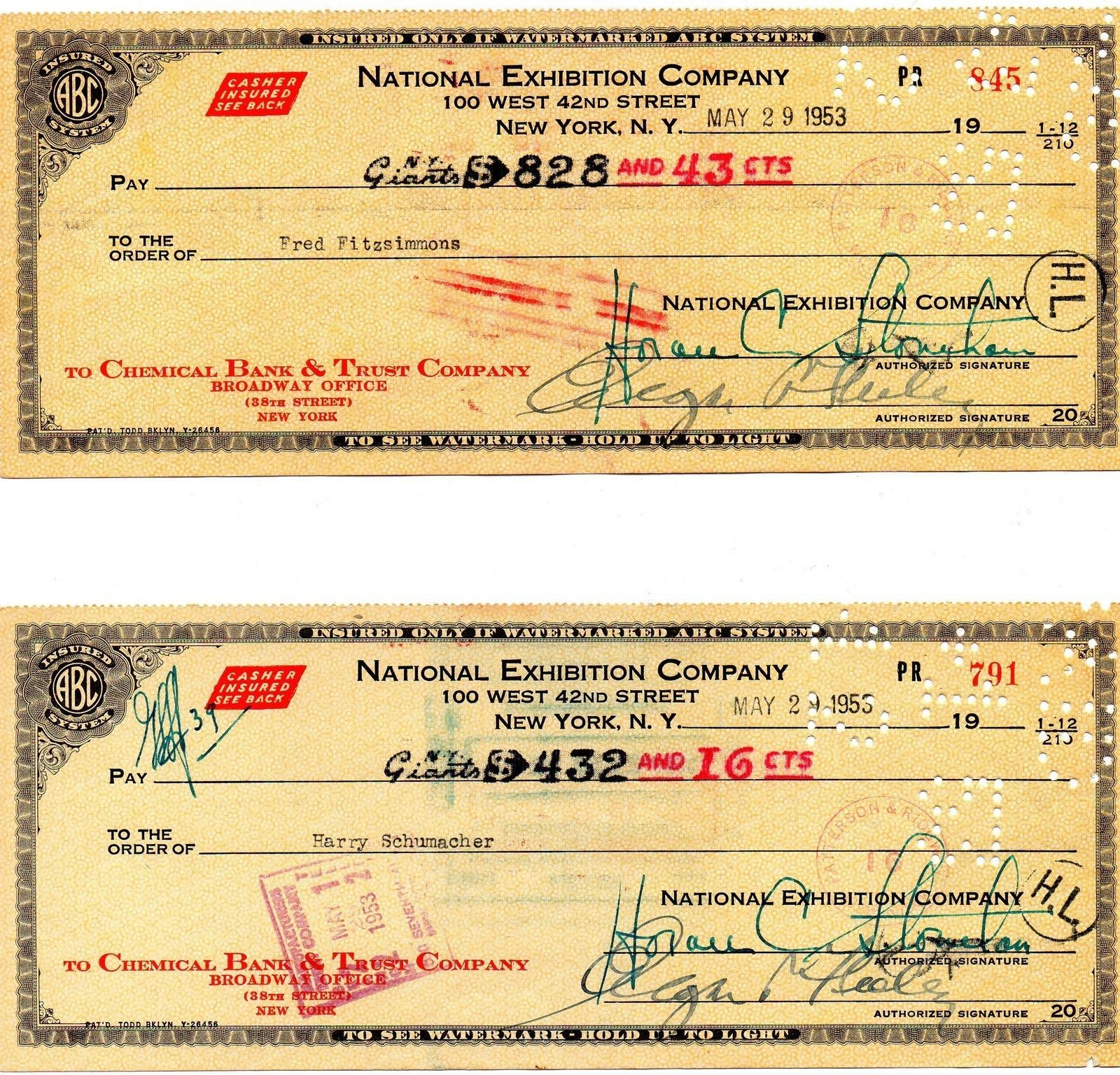 NEW YORK GIANTS 1953 Payroll checks, 14 different, Durocher, Wilhelm, Stoneham +