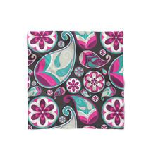 Sassy Paisley Satin Style Scarf - $464,74 MXN+