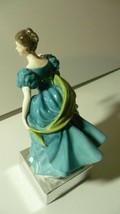 "ROYAL DOULTON ""Rhapsody"" Bone China Figurine HN 2267 Circa 1960 Rd. No. 43/60 image 2"