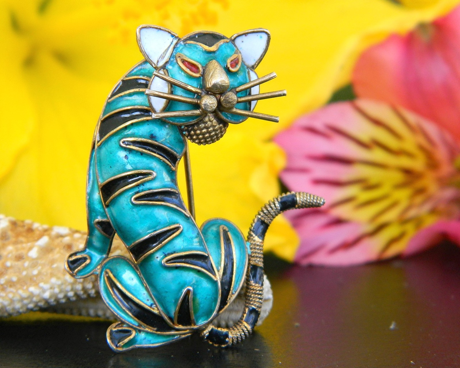 Primary image for Vintage Tiger Cat Brooch Pin Enamel Alioto Adriana Italy 800 Silver