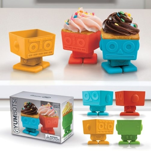 Fred & Friends YumBots Cup Cake Molds Set of 4 Robots Party Swivel Head Cupcake