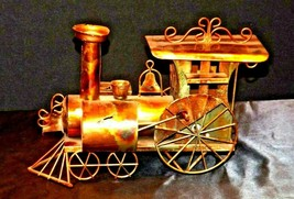 Metal Train Engine Music Box AA19-1463 Vintage