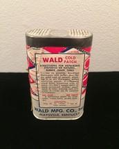 Vintage Wald tube repair kit #828 tin packaging image 2