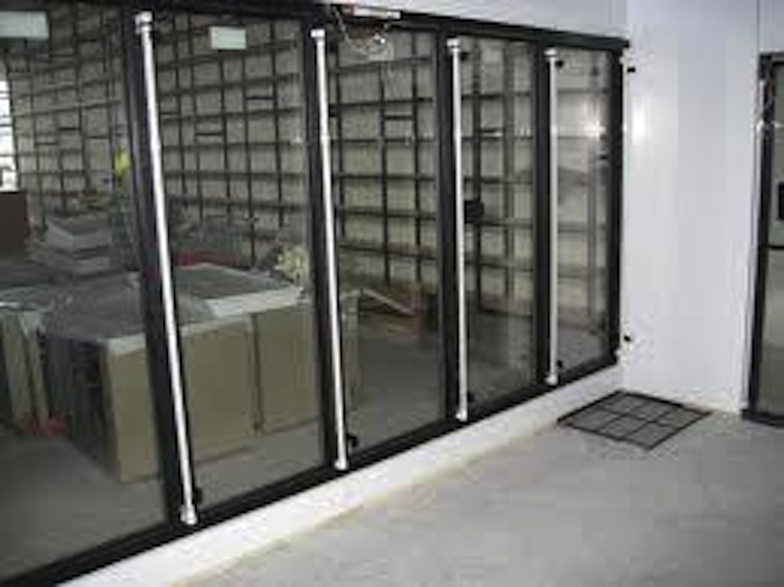 New 7 glass door w led beer cave 25 39 x8 39 x8 39 walk in for 10 door walk in cooler