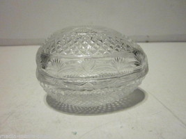 VINTAGE 1977 AVON CRYSTAL MOTHER'S DAY EGG SHAPED TRINKET BOX - $9.99