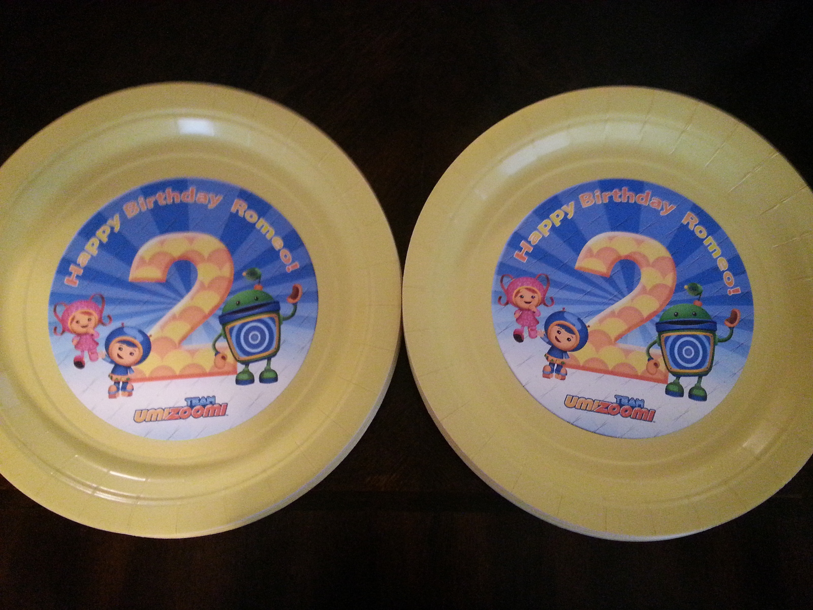 Team Umizoomi plates, banner & cups: Set of 20