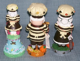 Hershey Collectibles-Spring Bell / Candy Dish, Thanksgiving, Halloween Figurines image 6