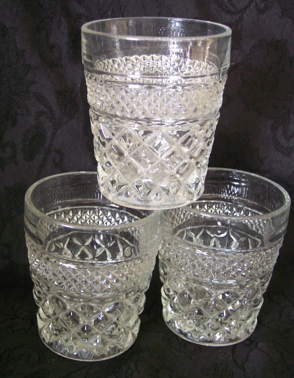 Anchor Hocking Wine Glasses