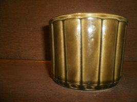 USA Pottery Green Flower Pot , 490 - $20.00