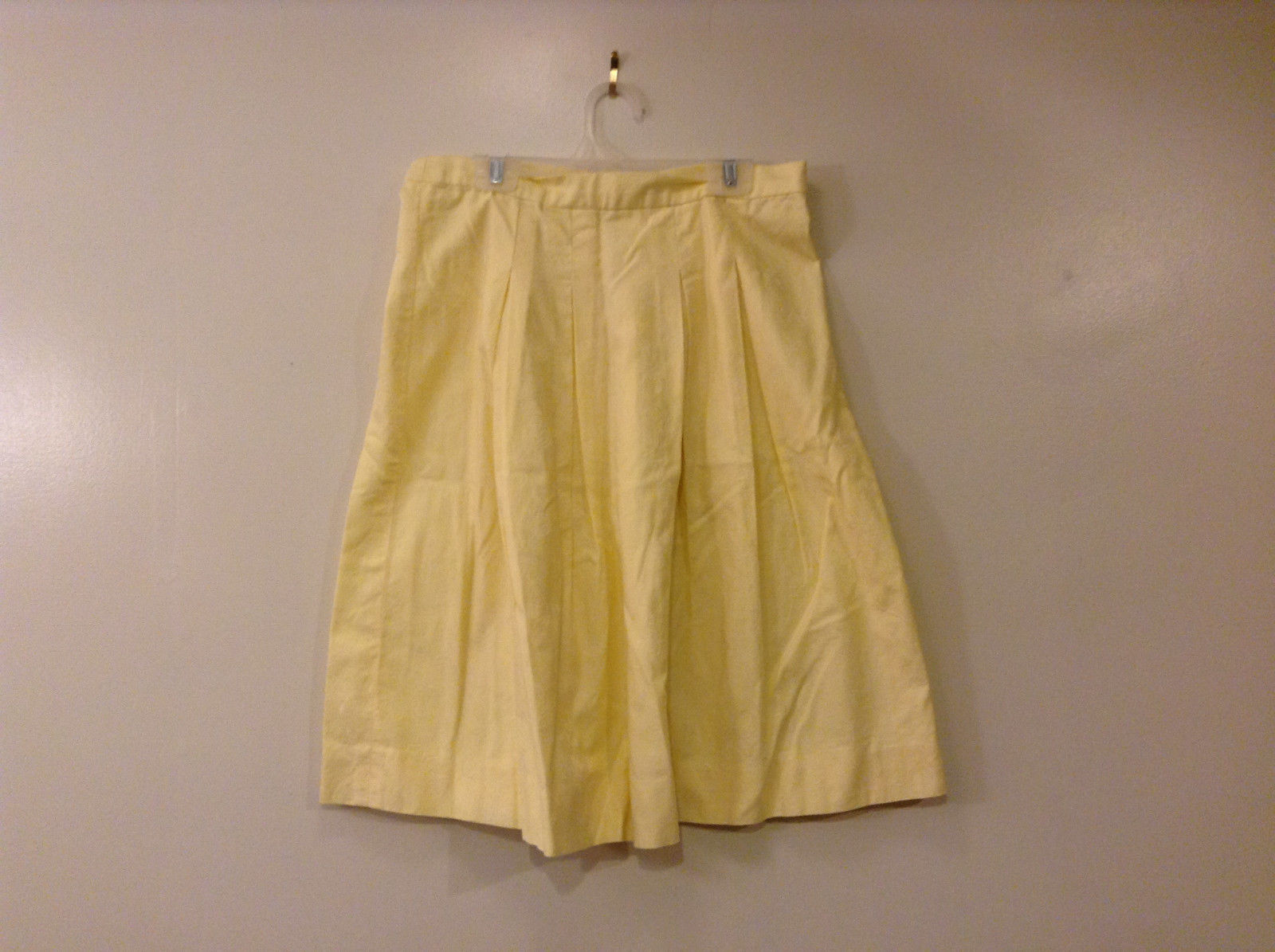 Handmade Women's Size M Skirt Pastel Butter Yellow Pleated A-Line Knee Length