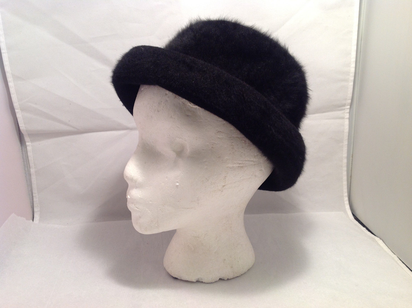 Kangol Women's Hat Bowler Style Black Furry Furred No Size Indicated Tags Absent