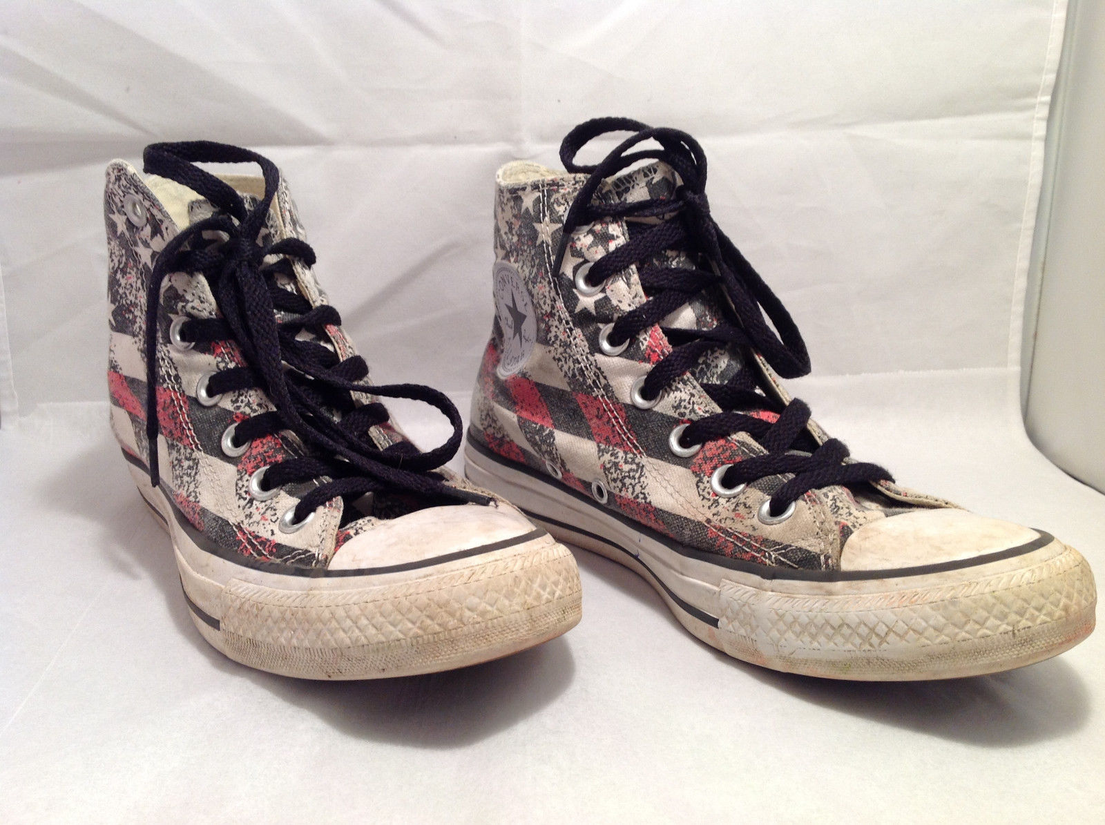 High Top Converse Sneakers Men's Size 5 Women's 7 Stars Stripes Red Black White