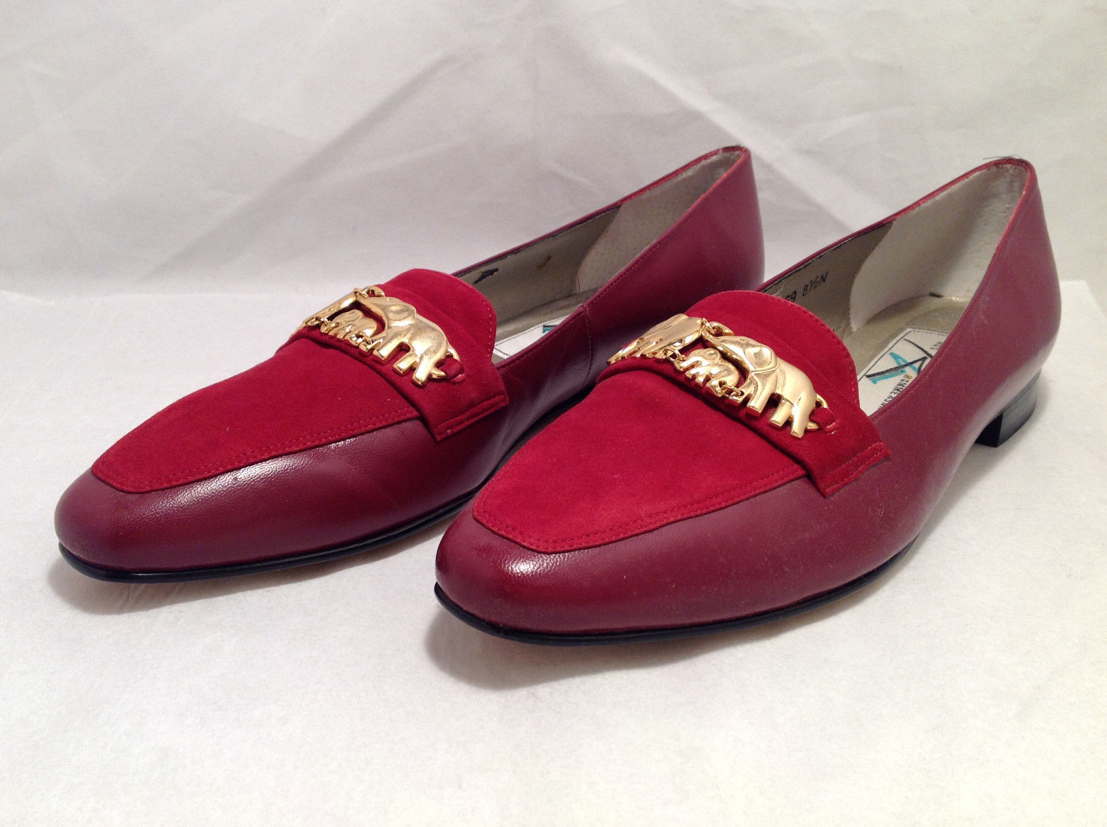Ros Hommerson Women's Size 8.5 N Narrow Loafers Red Suede & Gold Elephant Detail