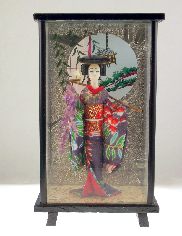 Vintage Wisteria Maiden Fuji Musume geisha doll  wood glass shadowbox
