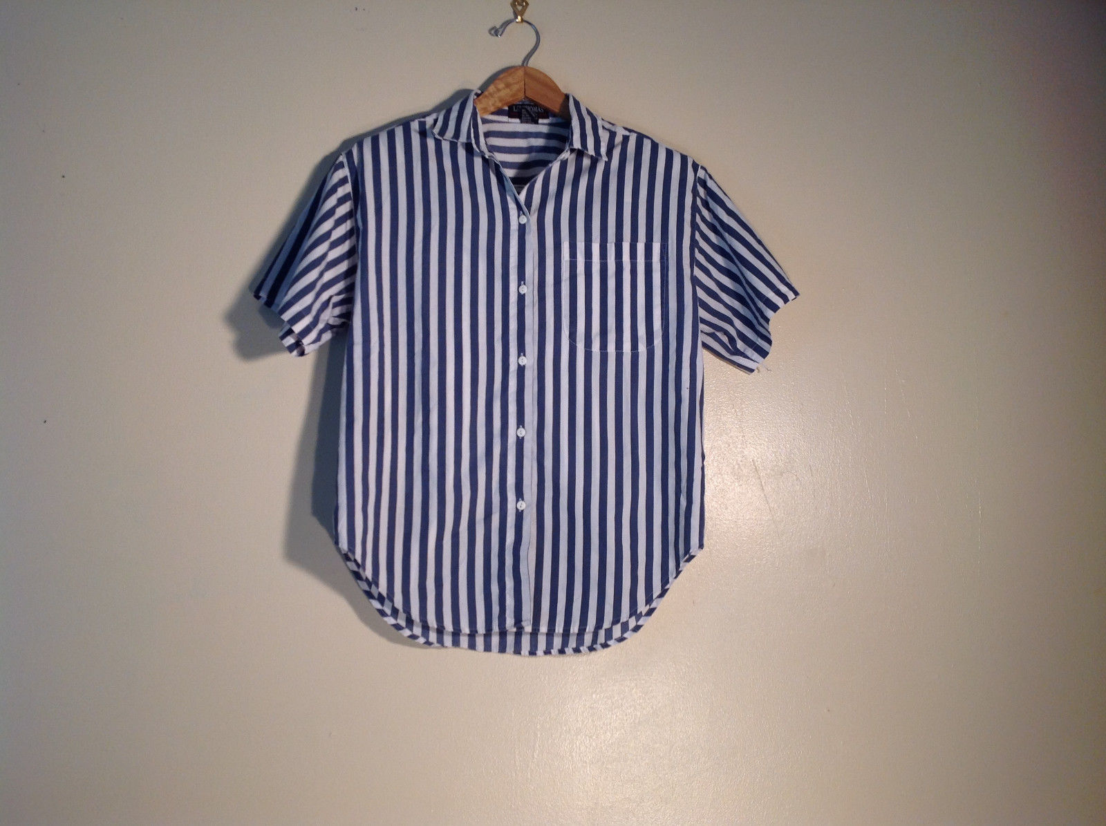 Womens Liz Thomas Size M Button Up Shirt/Blouse Blue-white Striped