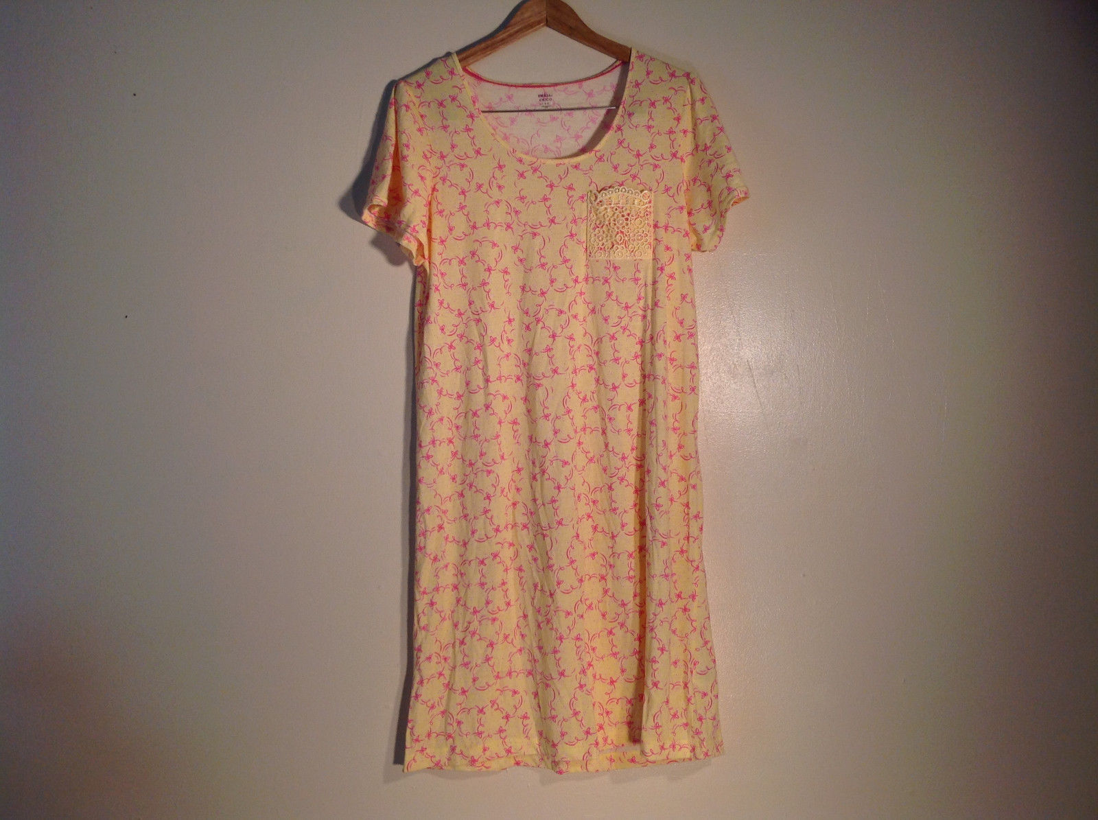 "Womens ""Pink"" yellow w/ pink ribbons gown/dress"