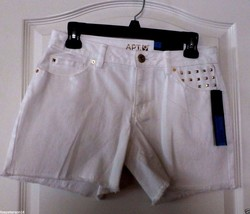 Apt.9 White Denim Shorts w/Gold Stud Detail NWT  Women's Size 2 or 14  M... - $22.08