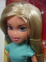 Entertaining Bratz Doll Cloe Cool Outfit NIB (C4B3*) - $19.79