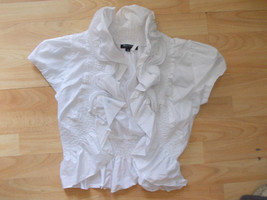 Marineblu Womens White Floral print short sleeve blouse shirt Womens shirt M - $4.90