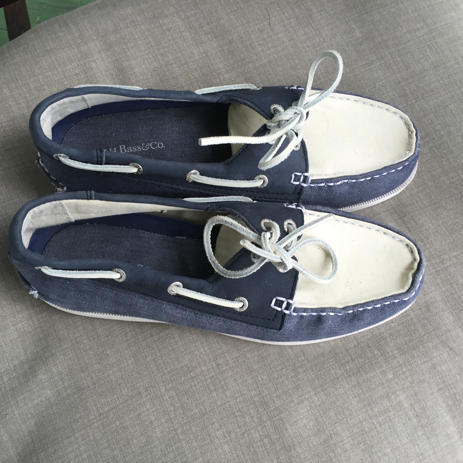 G.H. Bass U0026 Co Blue And White Canvas Suede Boat Shoes 8.5 ...