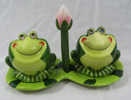 4 Piece Ceramic Frog Salt & Pepper with Lily Pad Set  NEW - $16.74