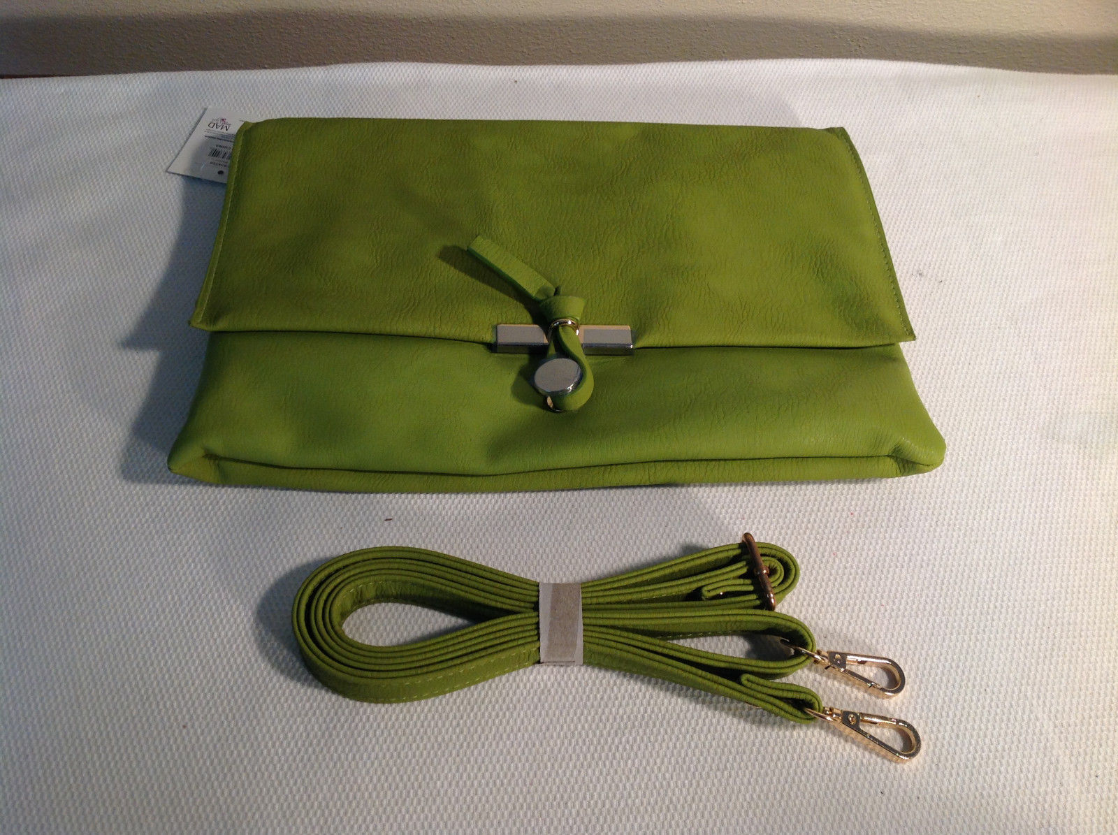 Green Mad Style faux leather Handbag Pocketbook w/ shoulder strap NEW